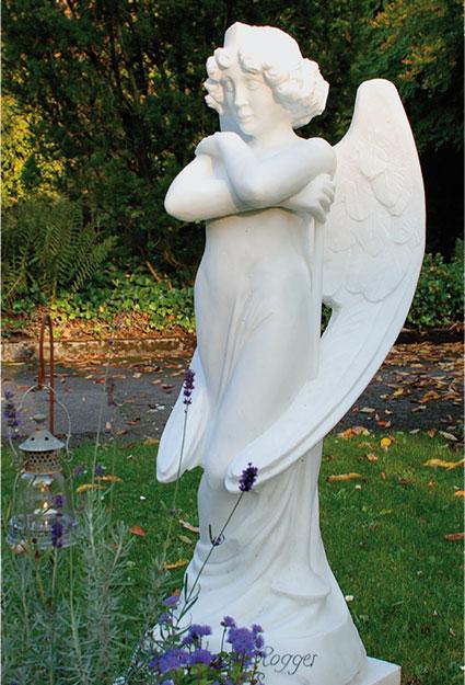 Grabstein, Skulptur, Engel mit Trompete