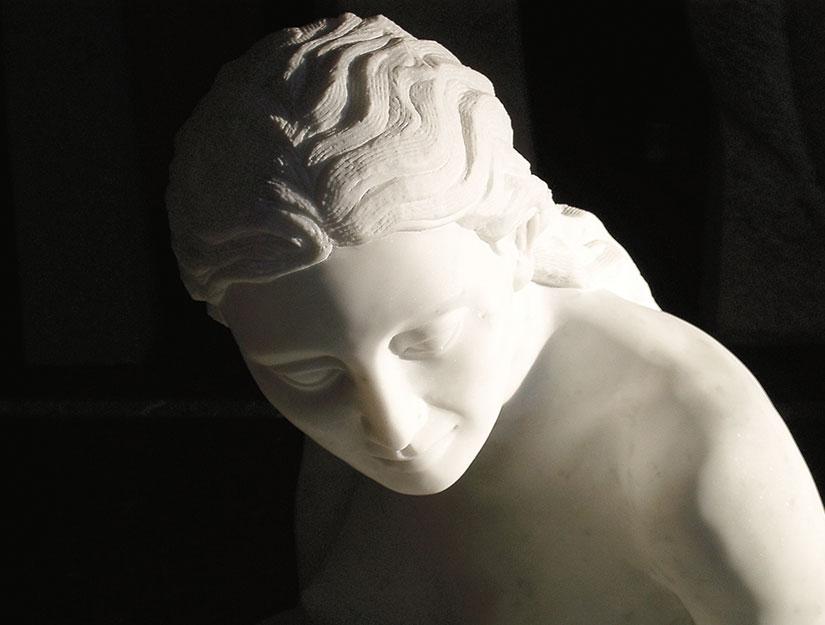 Galathea Skulptur Frauenfigur