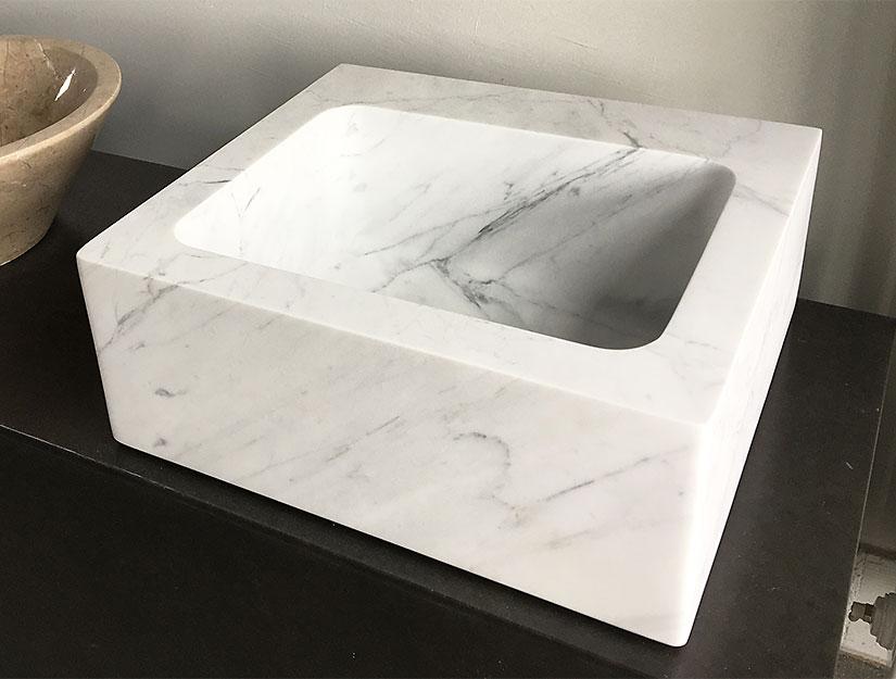 Waschtisch aus Marmor