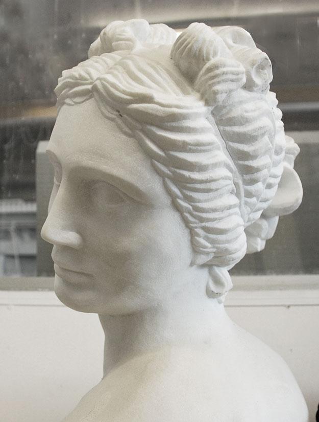 Skulpturen Büste Frauenkopf Marmor